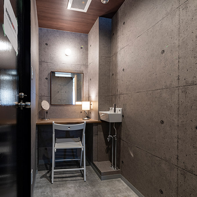 大阪の24時間セルフレンタルスタジオ